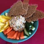 Tuna salad and cracker